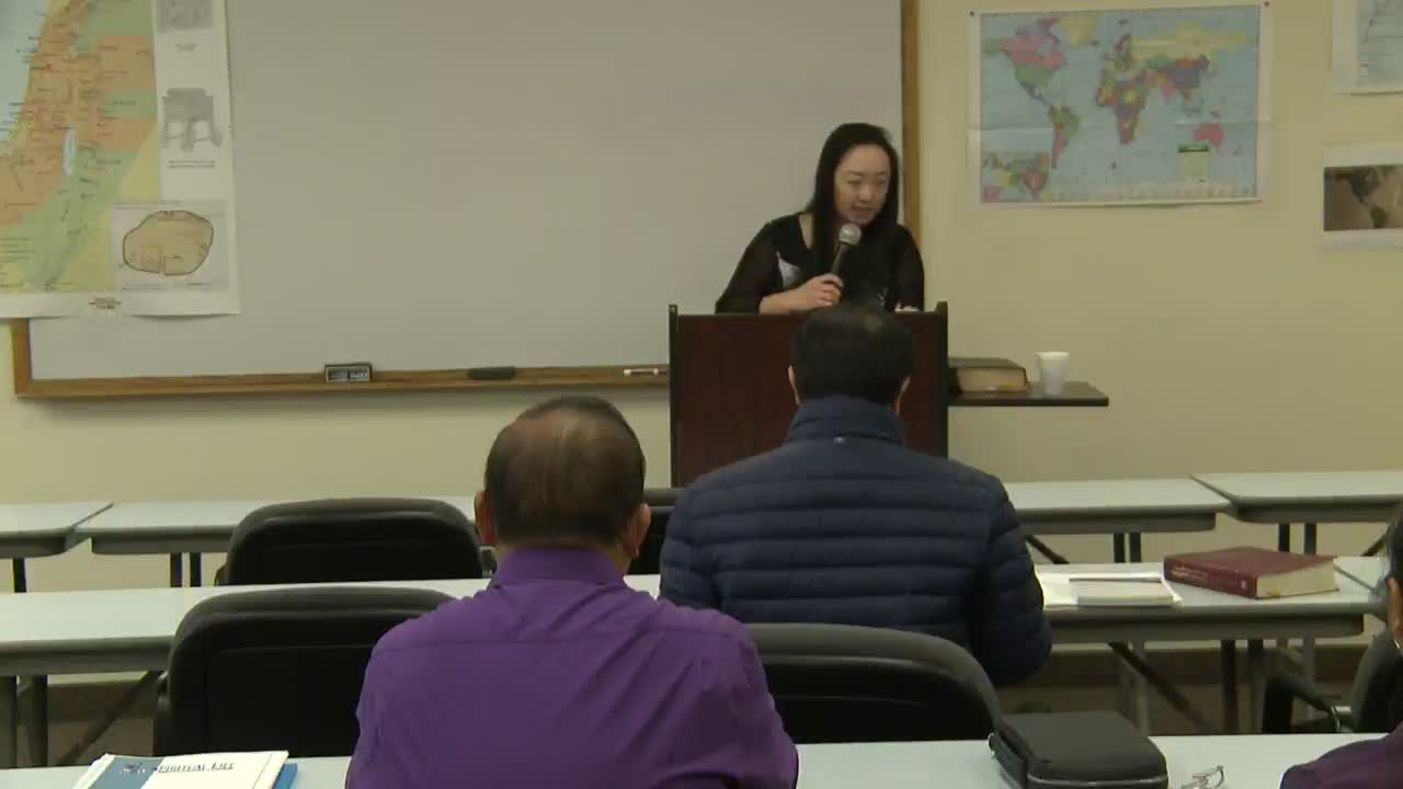 Hmong preparation for Ministry Class 5